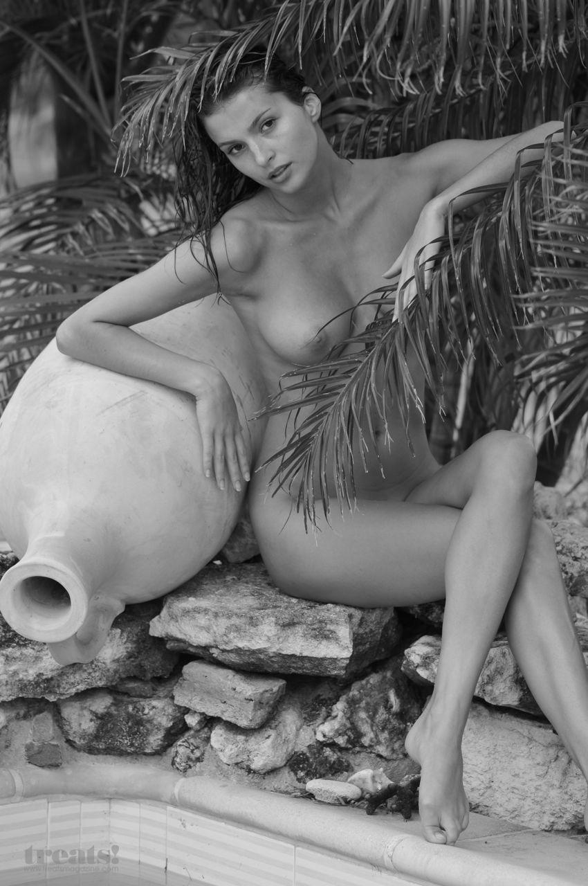Tatiana Planton by Perla Maarek