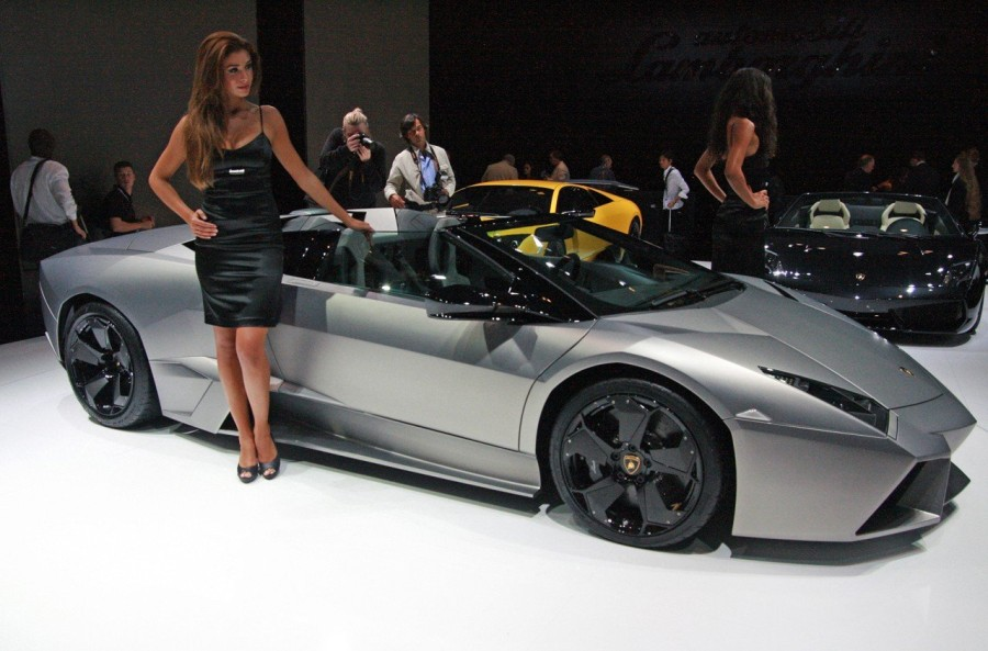15. «Lamborghini Reventon»: год выпуска 2008 Этот автомобиль представляет собой современную вариацию