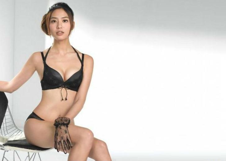 Актриса и модель тайваньско-японского происхождения. Окончив университет Ши Хсиня, пошла работать мо