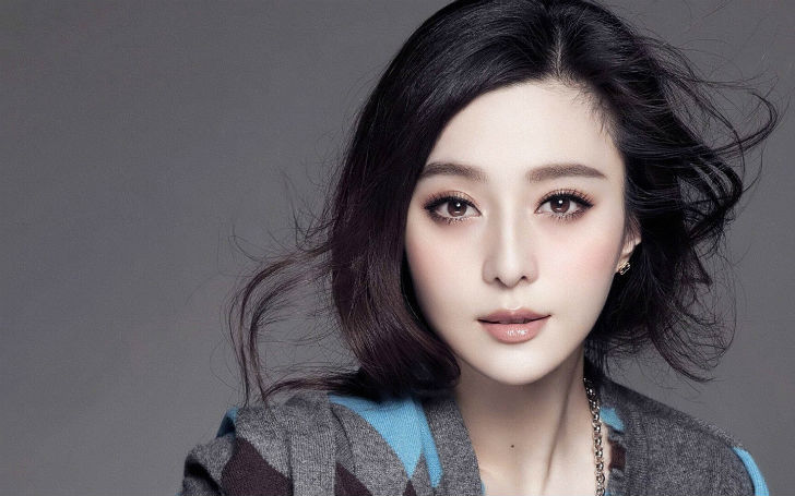 Кстати, эту китайскую актрису и певицу вы тоже наверняка видели, если смотрели фильм «Железный челов