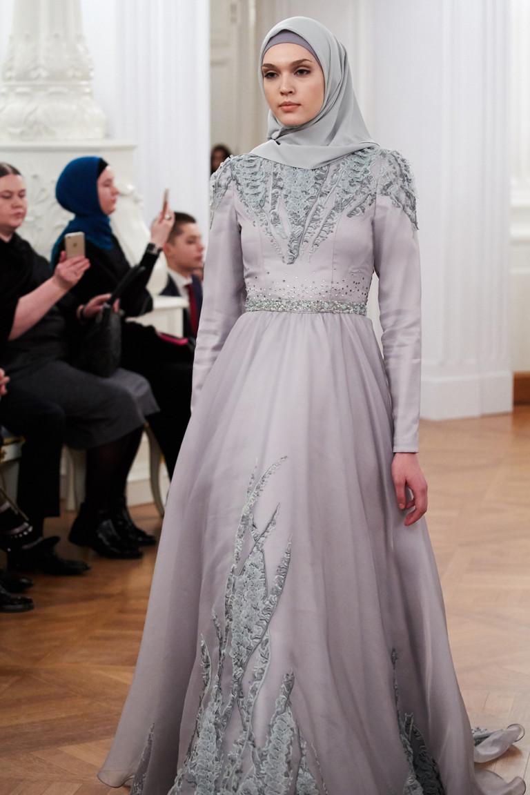 Показ модного дома Firdaws в Москве
