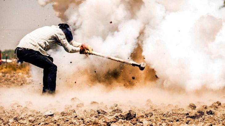 Фестиваль взрывных кувалд (9 фото)