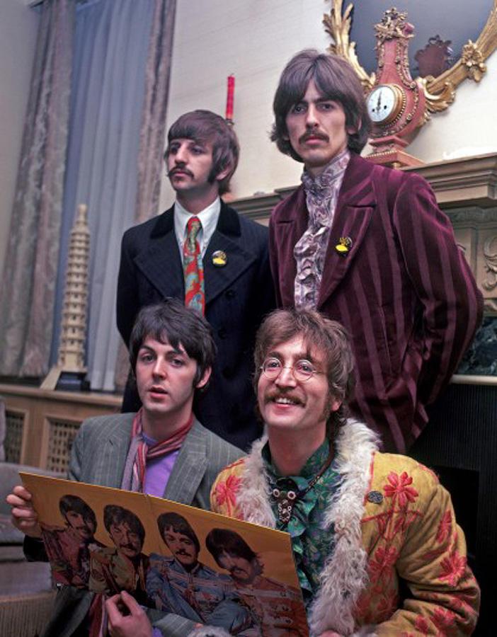 Битлы на релизе своего альбома Sgt. Pepper в 1967 году.