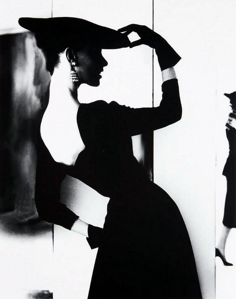 Однако в 70 с лишним лет Бассман всё же вернулась в фотографию. Она вновь начала печатать старые нег
