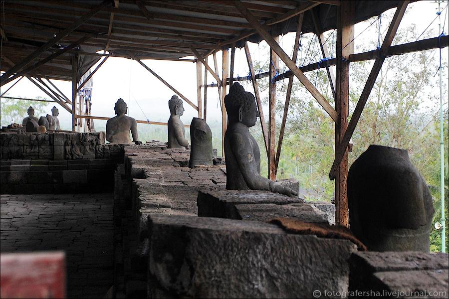Первая успешная капитальная реставрация Боробудура состоялась в 1907-1911 годах, и комплекс приобрел