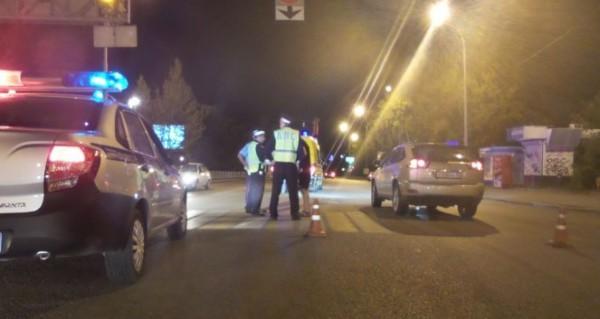 Вцентре Екатеринбурга Лексус RX350 сбил 2-х пешеходов на«зебре»