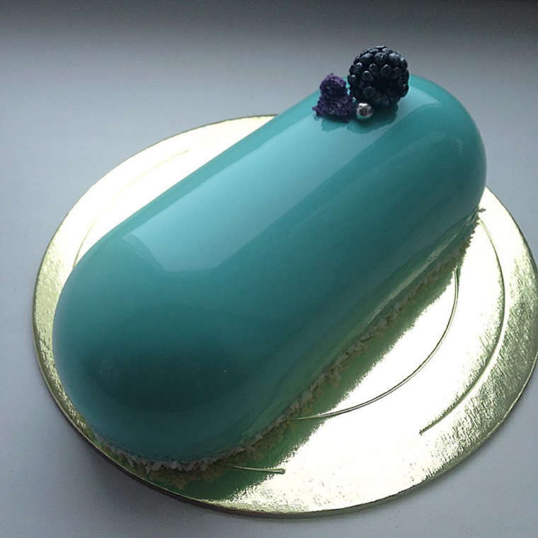 Mirror Cakes - The beautiful culinary creations of Olga Noskova