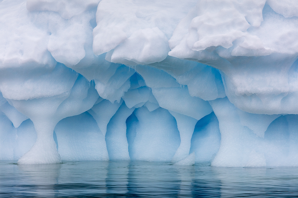 On a recent trip to Antarctica, photographer Julieanne Kost ( previously ) spent several days weavin
