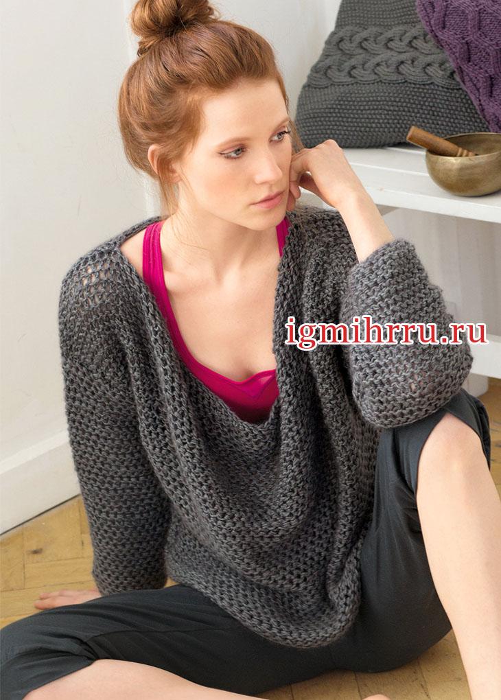Теплый серый пуловер с вырезом качели. Вязание спицами