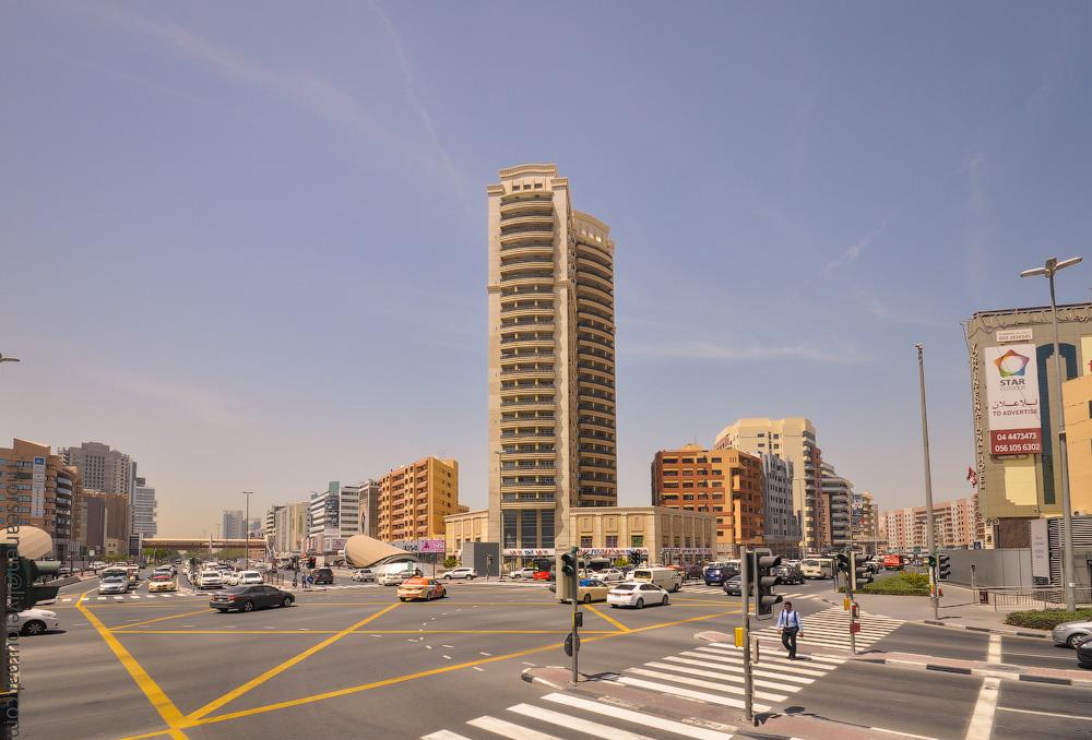 Dubai-Critic-(44).jpg