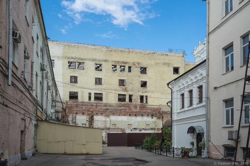 Чижевское подворье в Китай-городе. Фабрика