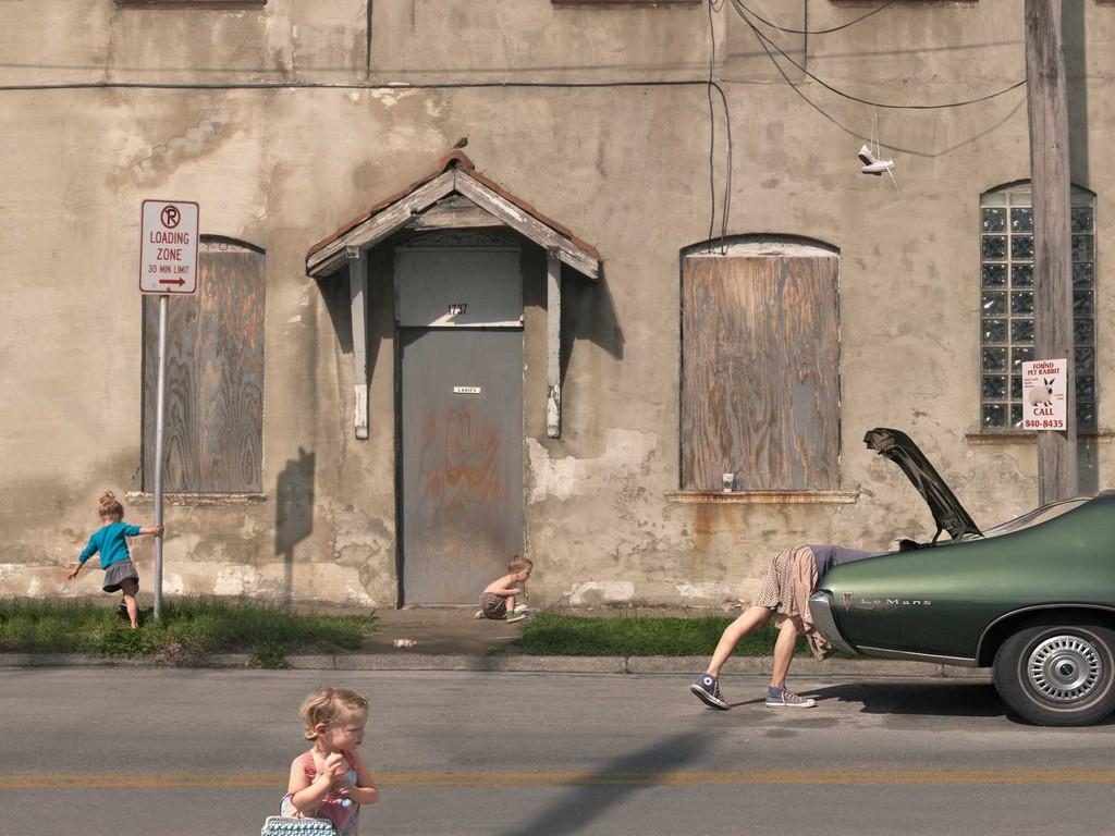 Игры разума и семейный хаос в фотографиях Джули Блэкмон