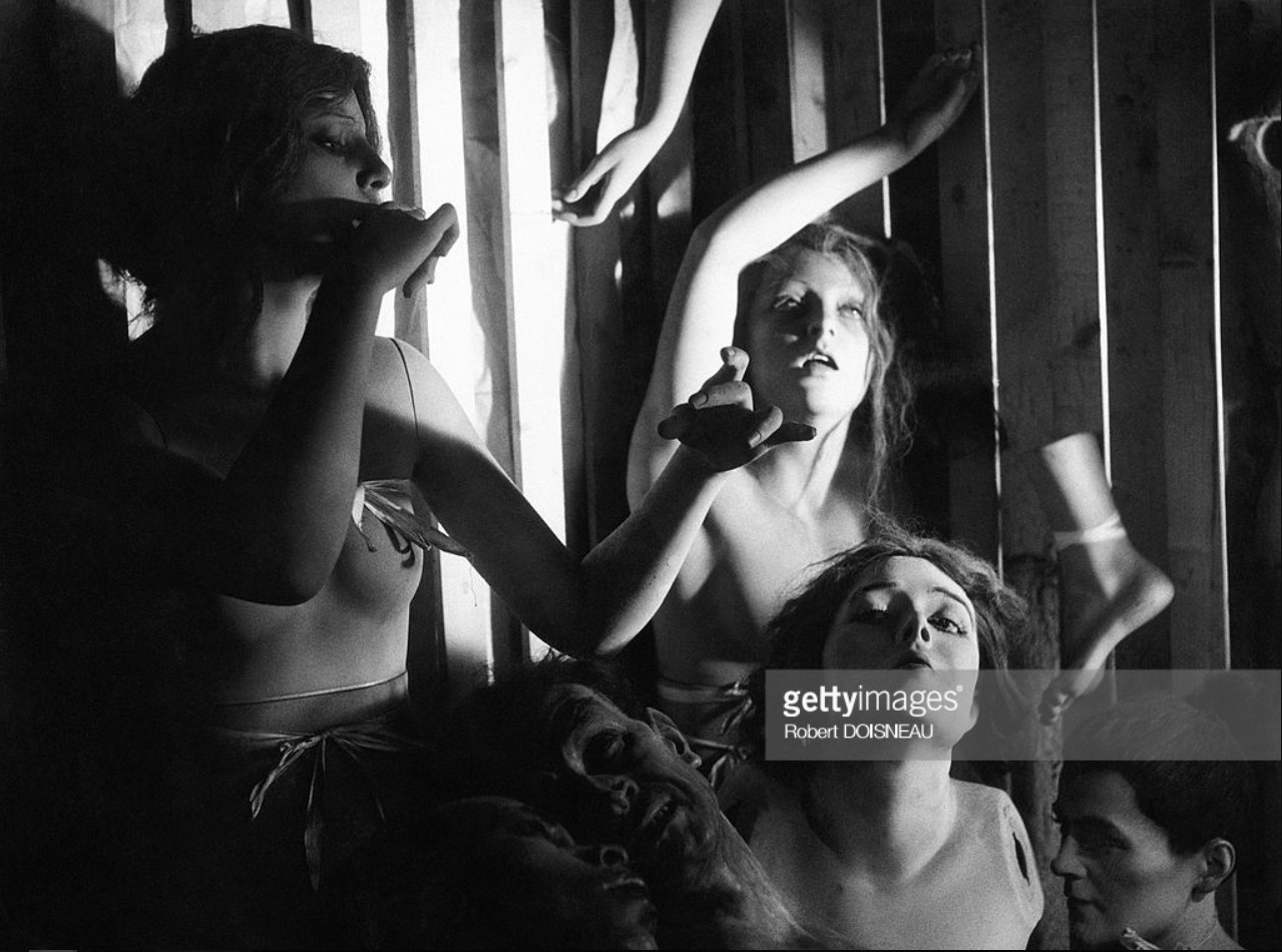 1945. Мастерская Пьера Иманса, который изготовлял манекены. 11 октября, Париж