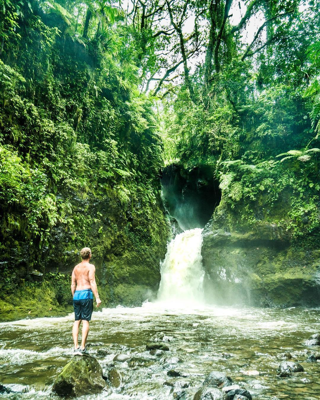 Микронезия и Маршалловы острова на снимках Роберта Майкла Пула