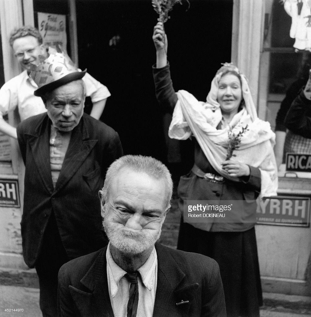 1953. Коронация королевы колоколов, Париж