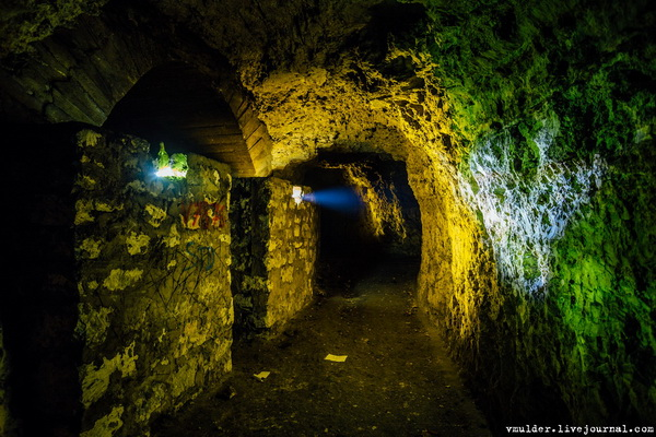 Здесь когда-то был подземный госпиталь времён Великой Отечественной Войны