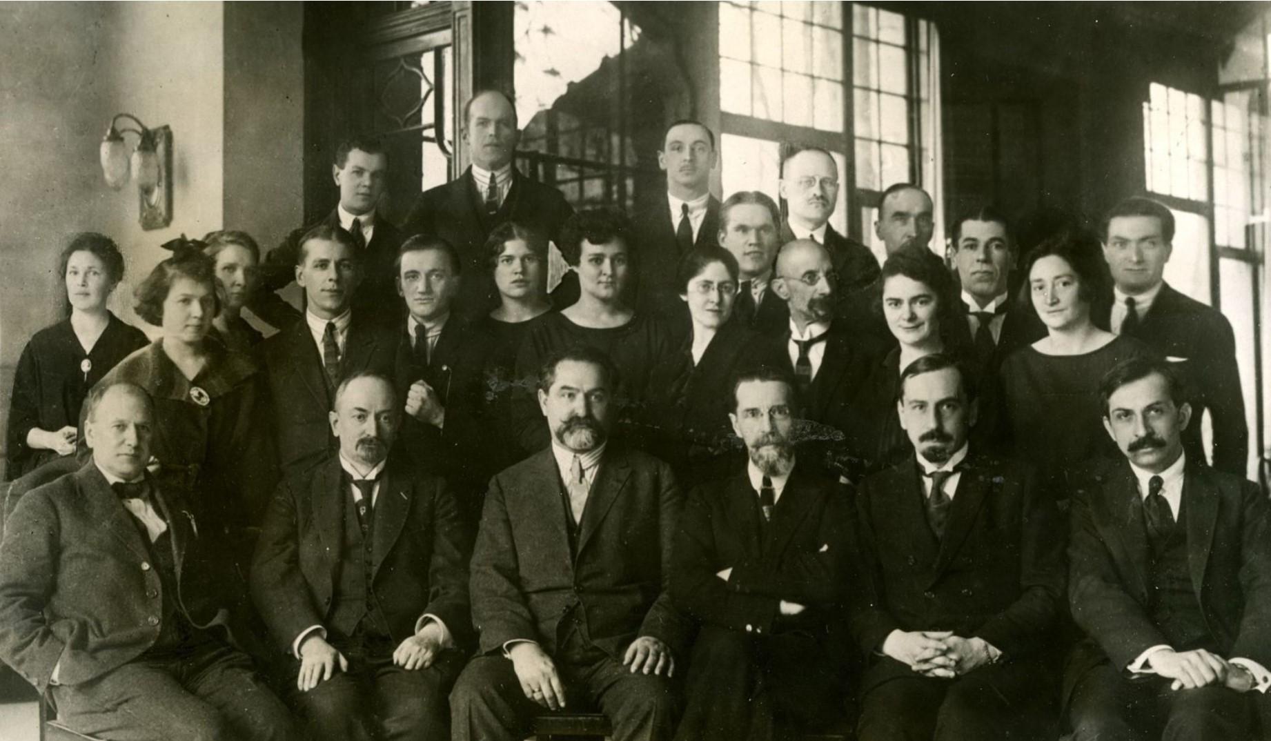 1922. Большевистская делегация в Лозанне