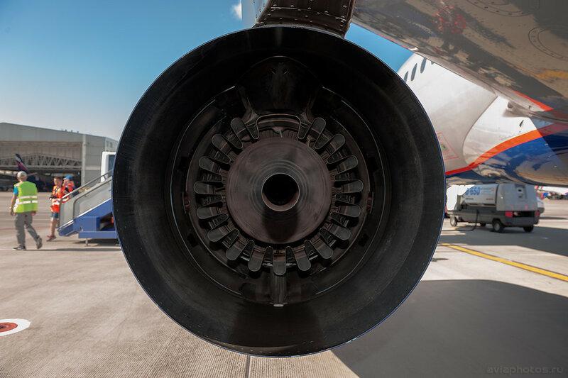 Sukhoi Superjet 100-95B (RA-89027) Аэрофлот 0674_D703593