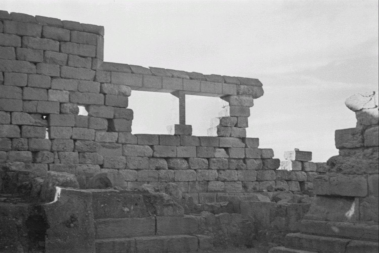 Стены здания