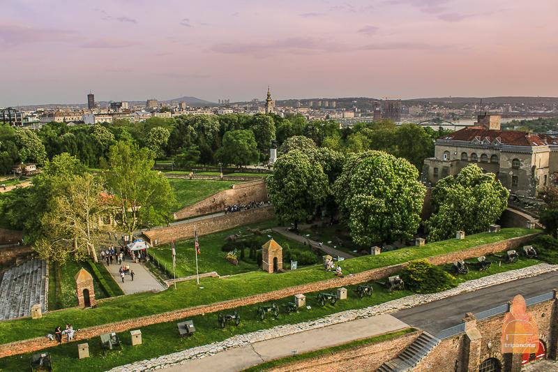 Парк вокруг Белградской крепости