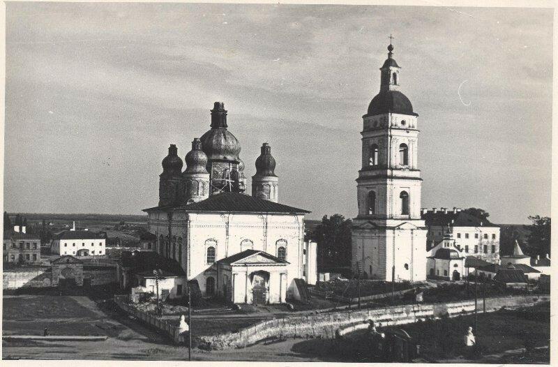 1950е Успенский кафедральный собор.jpg
