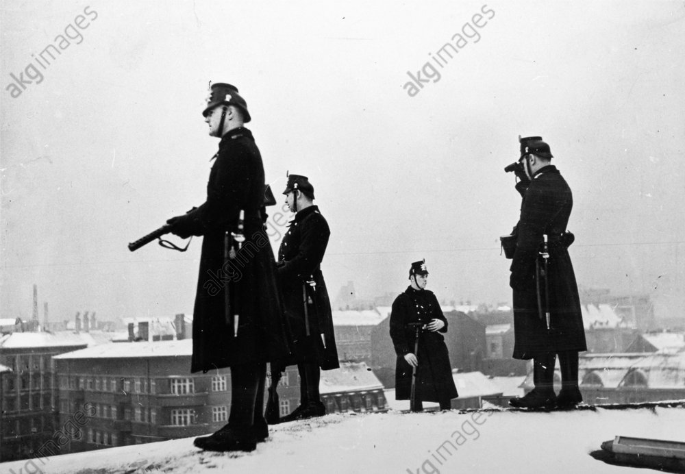 Kundgebung NSDAP/Bьlowplatz/Polizeipatr. - NSDAP Rally Bьlowplatz,Police / Photo -