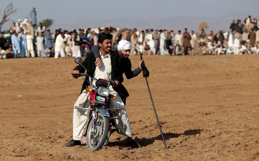 Гонки на быках в Пакистане