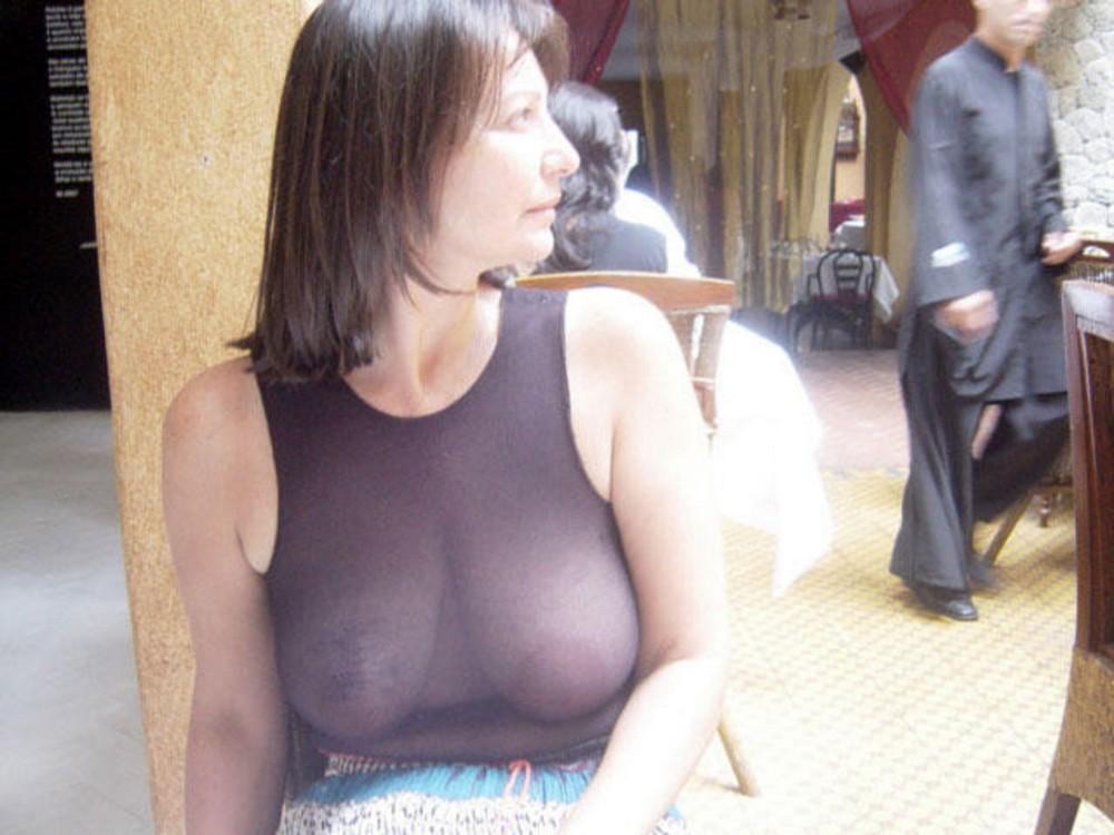 Старушки хулиганят: откровенные снимки зрелых дам (18+)