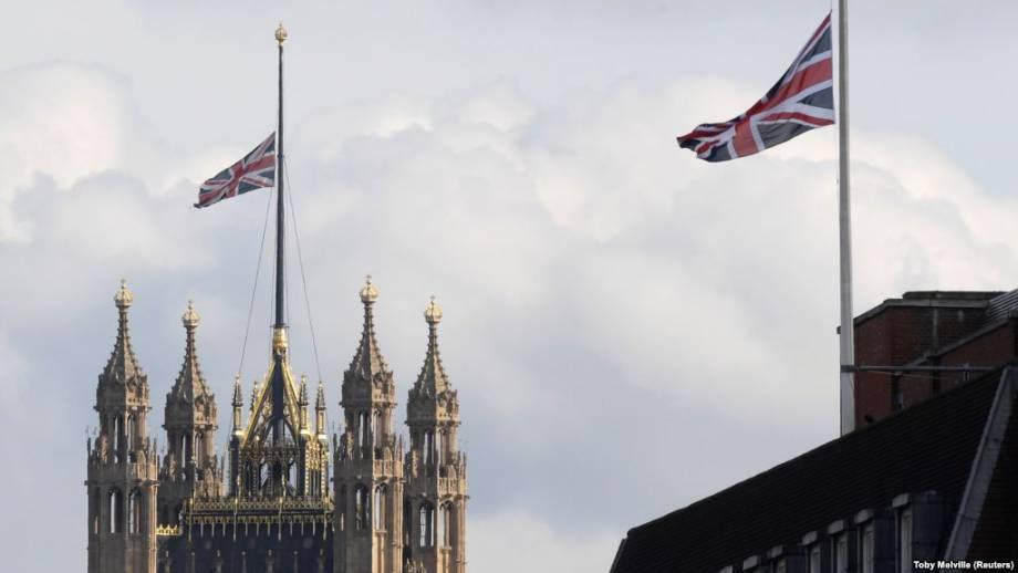 Великобритания: в Лондоне эвакуировали зрителей театра из-за угрозы взрыва