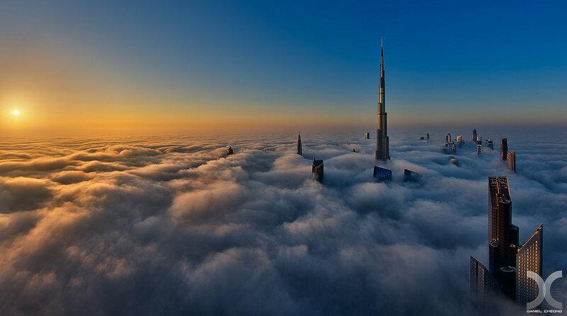 Дубай окутанный туманом