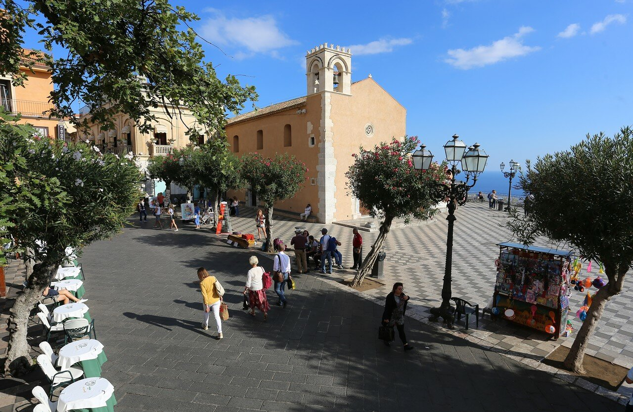 Taormina. April 9 square