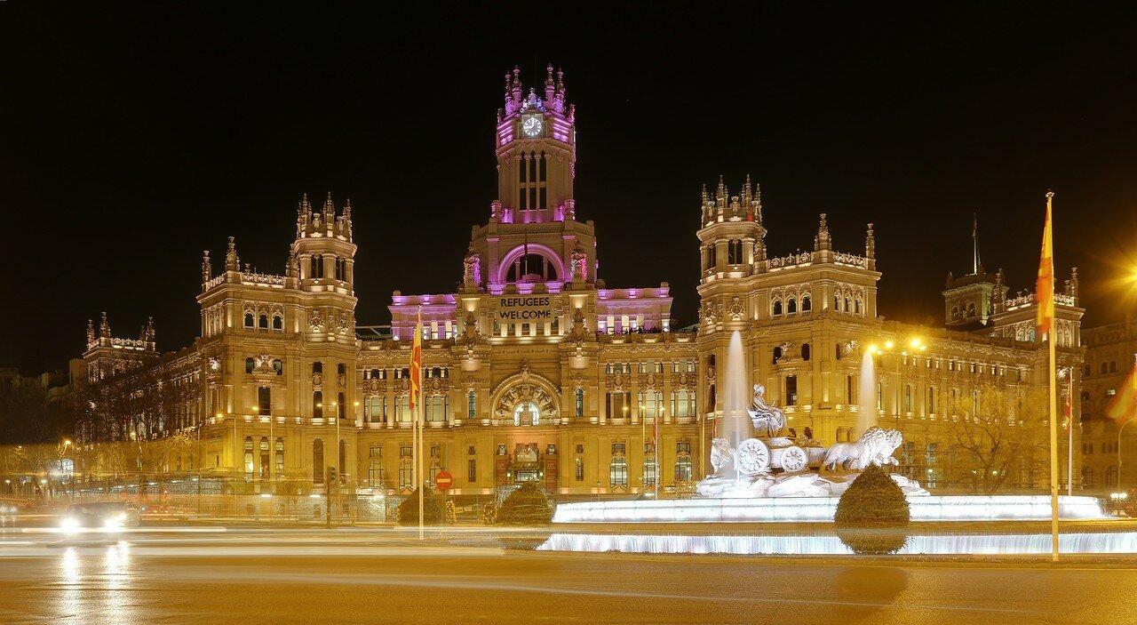 Ночной Мадрид. Площадь Сибелес