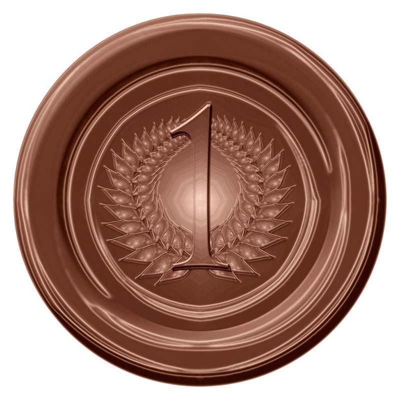 9. По статистике, в странах, где люди едят больше шоколада, больше нобелевских лауреатов.
