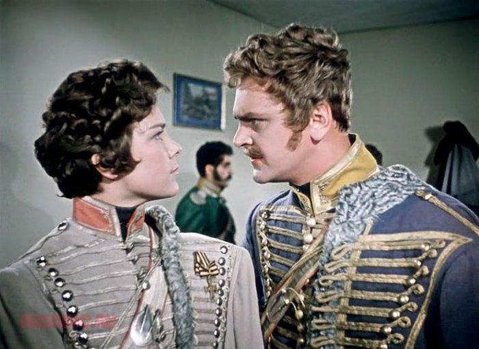 Кадр из фильма *Гусарская баллада*, 1962 | Фото: liveinternet.ru Свое непростое решение позже
