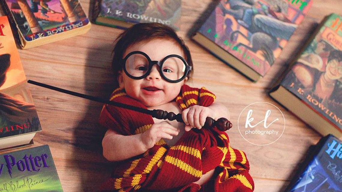 Очаровательная фотосессия малыша в образе Гарри Поттера