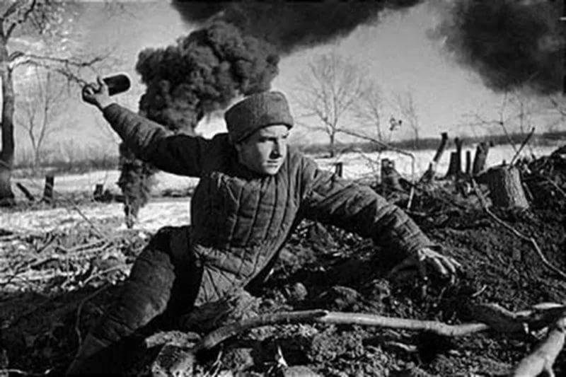 Генерал Гюнтер Блюментритт, начальник штаба 4-й армии: Русский солдат предпочитает рукопашную схватк