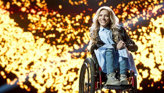 СБУ неможет определиться, воспрещатьли русской эстрадной певице Самойловой приезжать в государство Украину