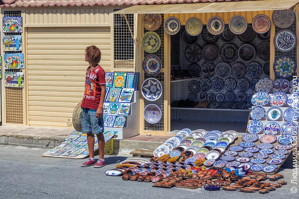 Рыжий торговец в Тунисе