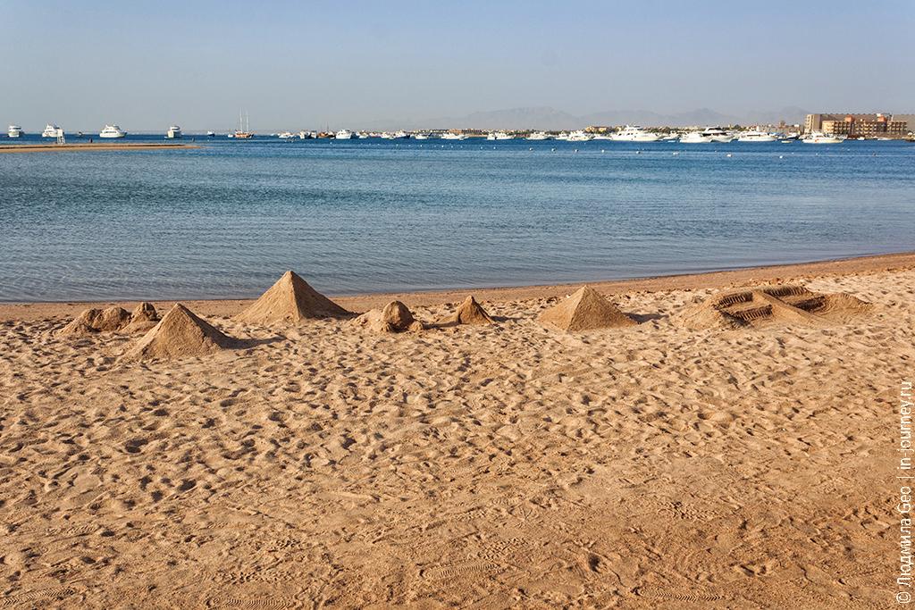 пирамиды в Египте фото на пляже