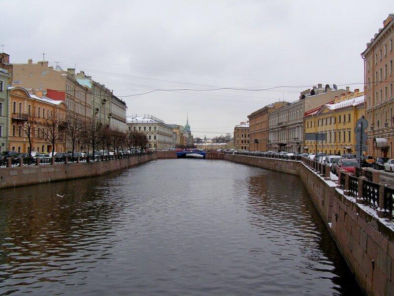 Апрель в Петербурге -