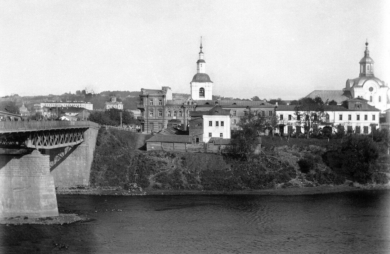 Железный мост и Нижне-Никольская церковь. 1900