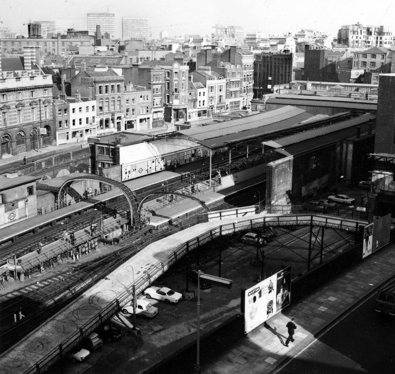 Станция «Фаррингдон»