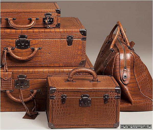 Дорогой набор дорожных чемоданов и сумок из кожи крокодила от Bottega Veneta
