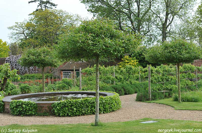 Godinton Gardens (21).JPG