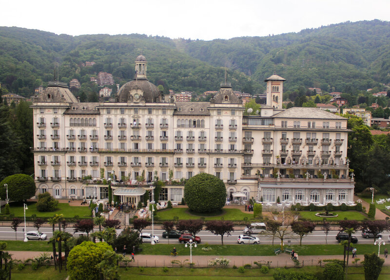 Grand Hotel Des Iles Borromees - вид из вертолёта