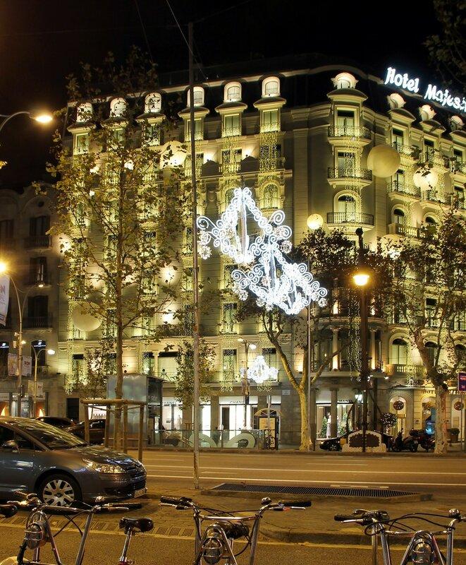 Ночная Барселона