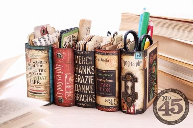 Книги нарабочем столе всегда смотрятся изысканно инастраивают напоглощение знаний или рабочий лад