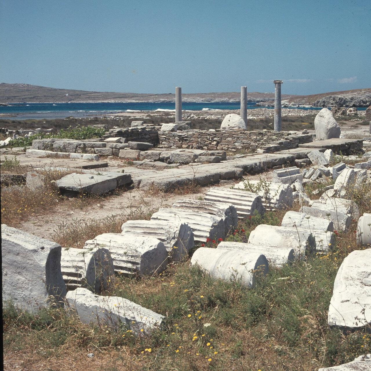 Делос. Развалины храма