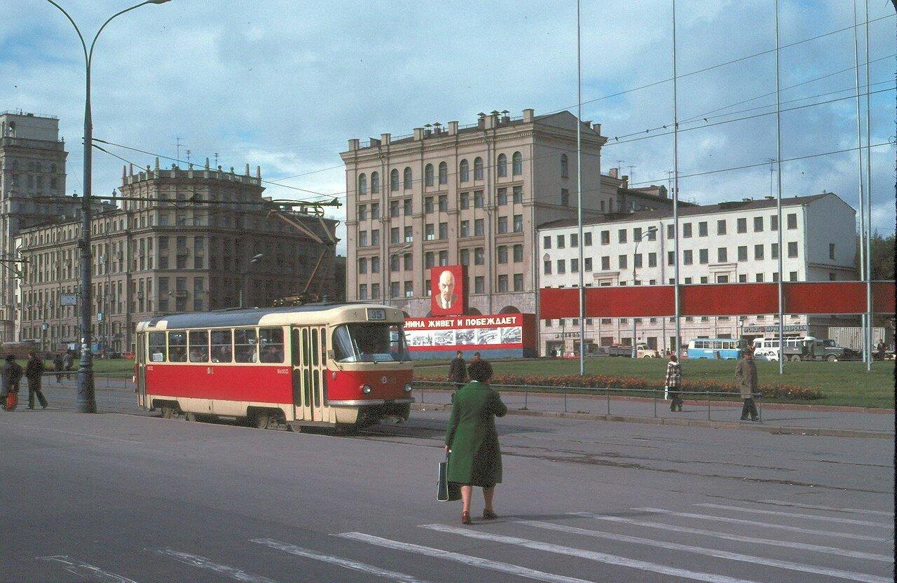 У Павелецкого вокзала