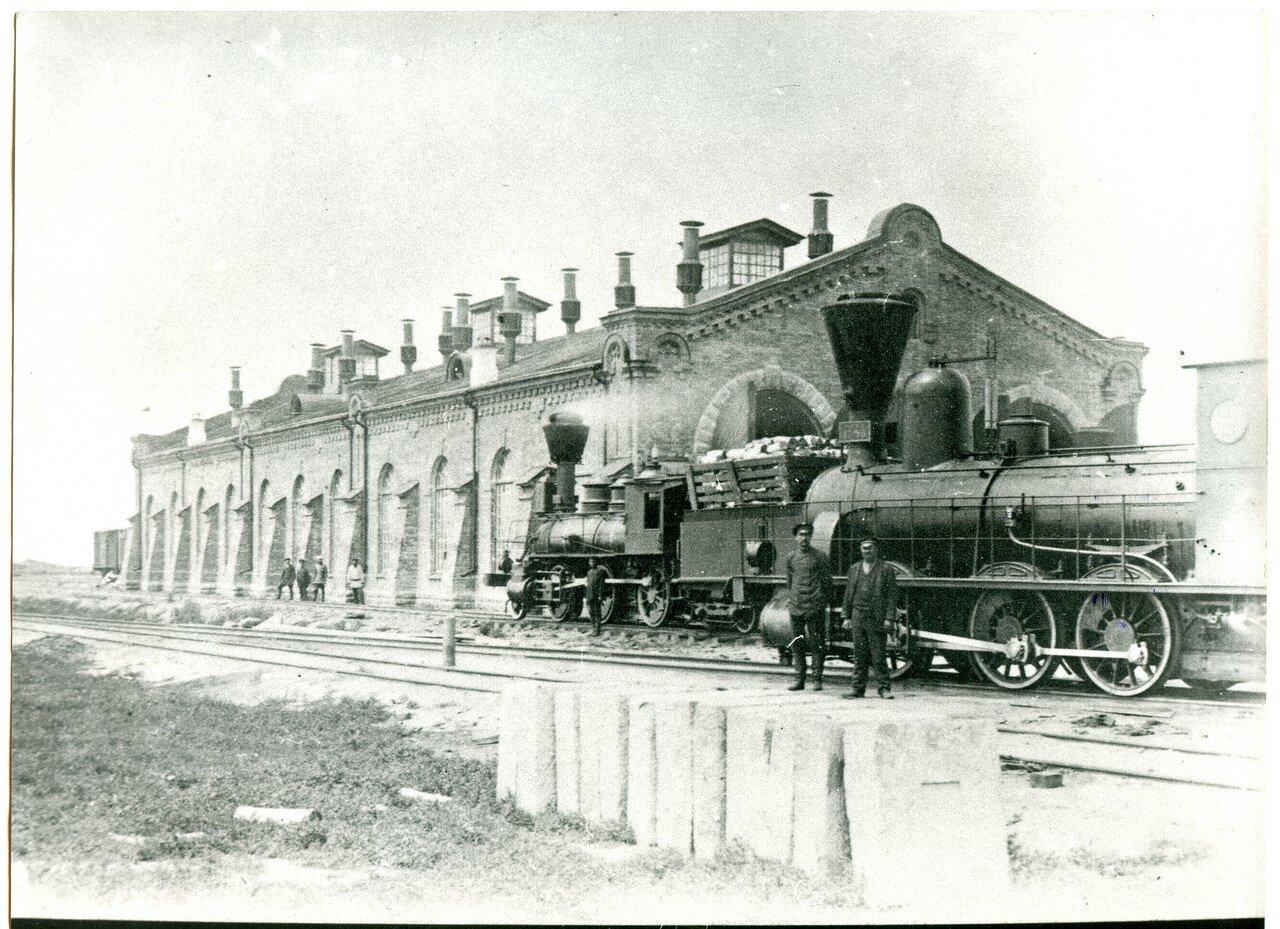 1890-е. Паровозное депо на ст. Тайга